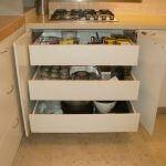 ארון אחסון למטבח