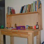 שולחן כתיבה מעץ אורן