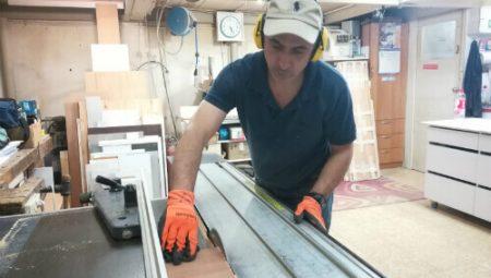 נגר אהרון כהן מייצר ארון